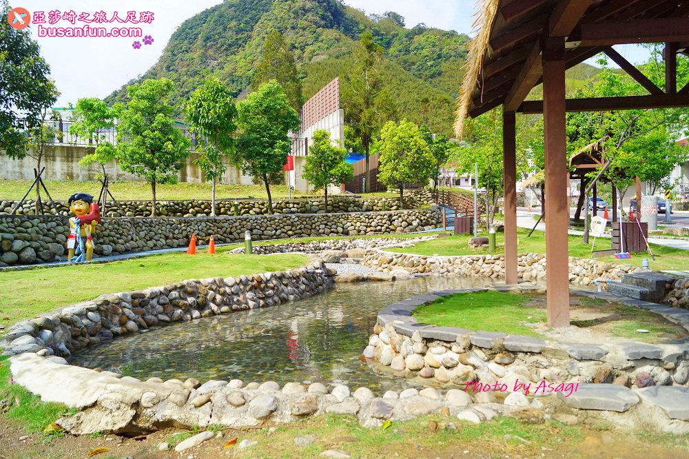 桃園新景點|羅浮溫泉泰雅故事公園免費泡腳|順遊義興吊橋電影《賽德克巴萊》拍攝地